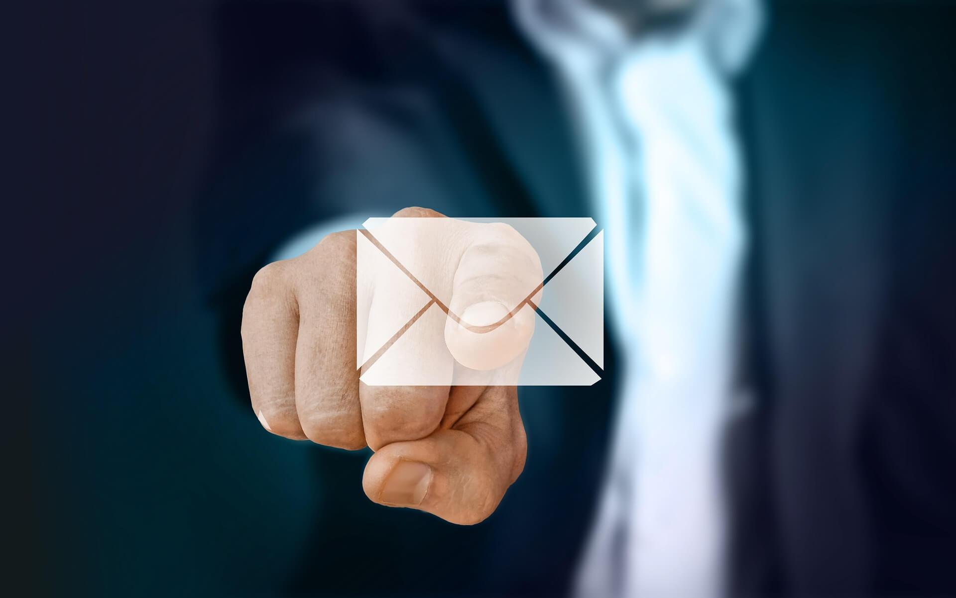 ¿Cómo hacer una newsletter desde cero?